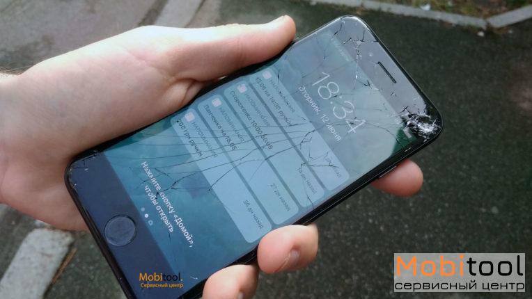 Замена стекла Айфон 7 в Киеве